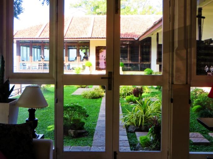 lake view garden and lake side restaurant of the Ekho Lake House