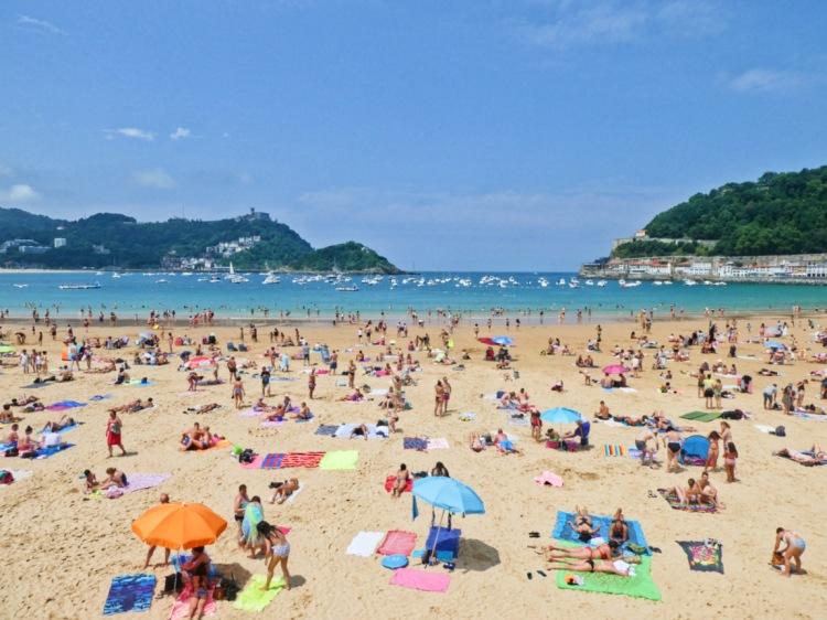 Beach bodies_Playa Concha