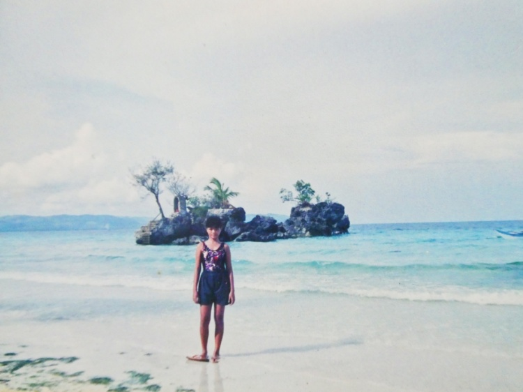 throwback photo of Boracay island